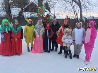 Поздравление  учителей-ветеранов с Новым годом и Рождения.